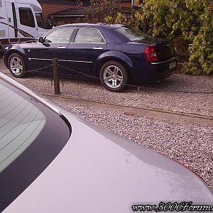 Chrysler 300C Opel Insignia and Siesta Exclusive 650 FLC Motorhome