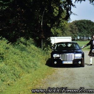 Chrysler_300_C_Hemi_V8_Alois_Buecker_Highland_Games